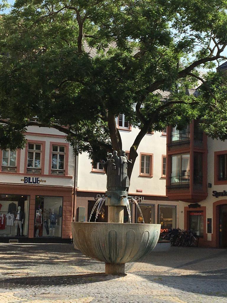 Schöne Plätze während Escape Room Mainz kennenlernen