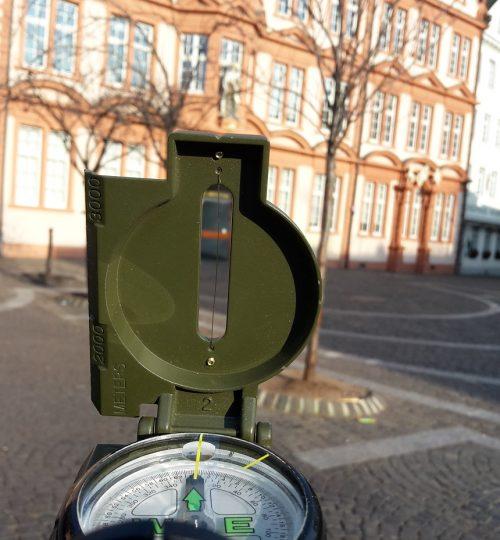 358 museum kompass